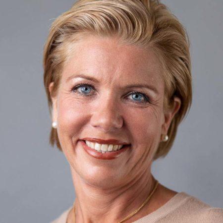 Johanna Karolina unika diamantsmycken referens